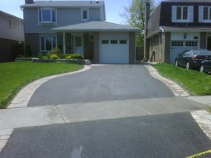 How Concrete and Asphalt Driveway Vary in Price and Preservation